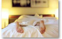 Dormir menos de seis horas al día aumenta el riesgo cardiovascular